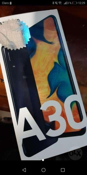 Vendo Samsung a 30