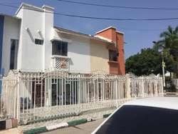 Casa ubicada en el barrio el country