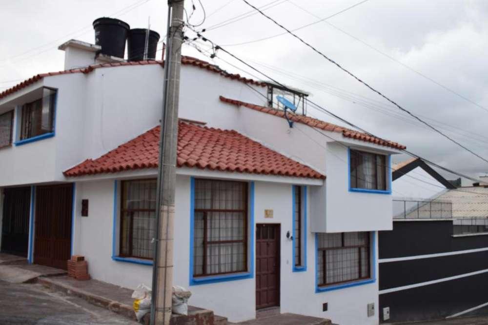 Casa esquinera, barrio Maldonado, en VENTA