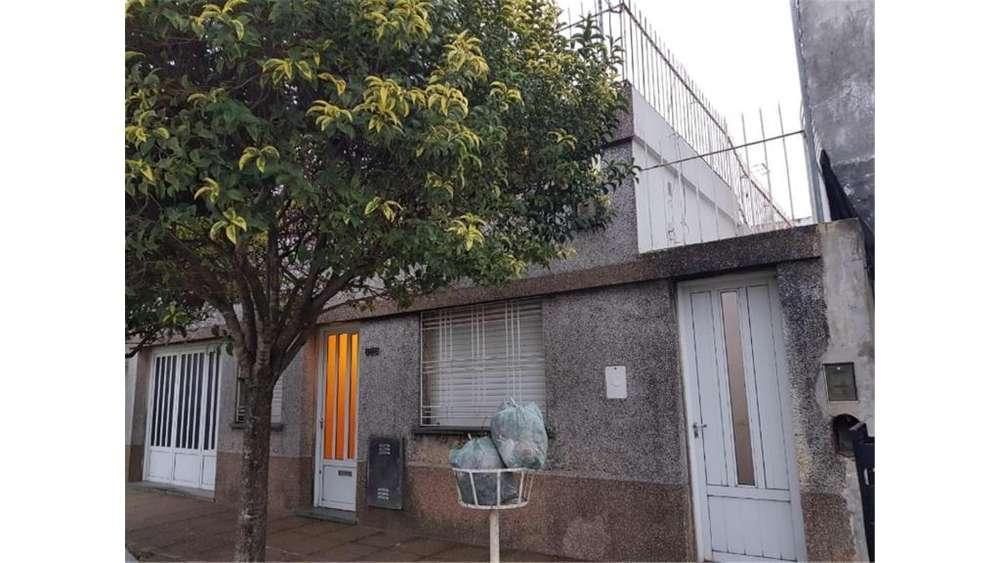 Italia 868 - UD 95.000 - Casa en Venta