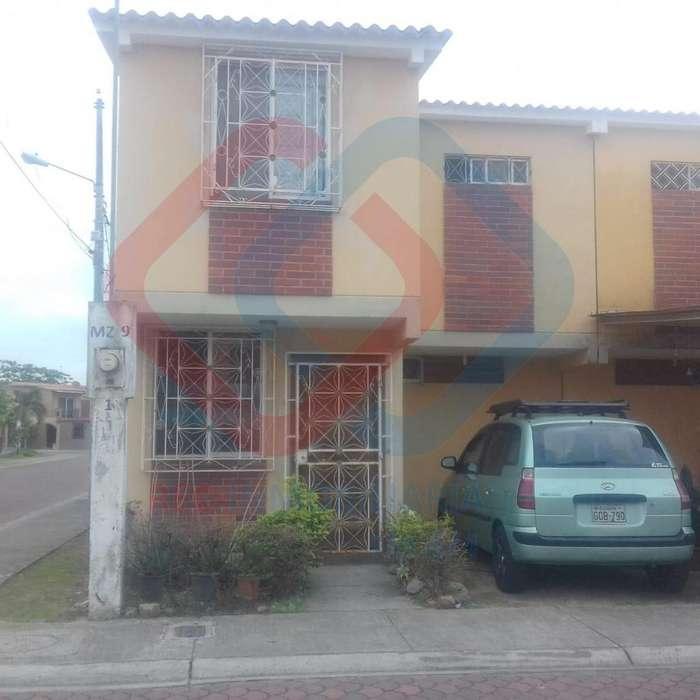 COD# 156 VENDO PRECIOSA PROPIEDAD EN URBANIZACIÓN ESTRELLA DEL MAR. ALADO DE PARQUE SAMANES.
