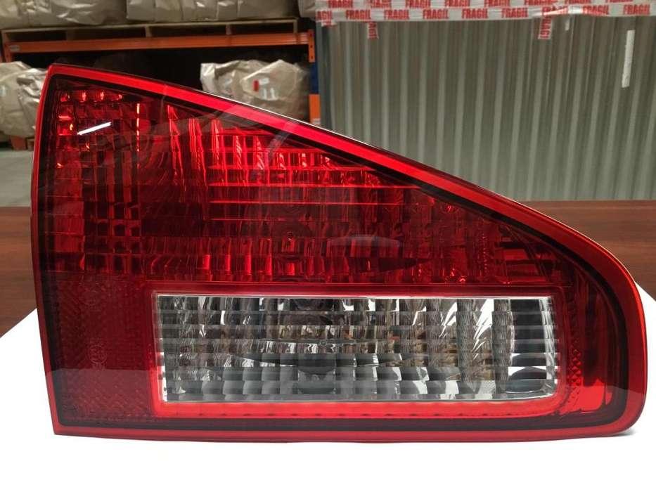 Farol interior Trasero Izquierdo Subaru Tribeca (2007-2014)