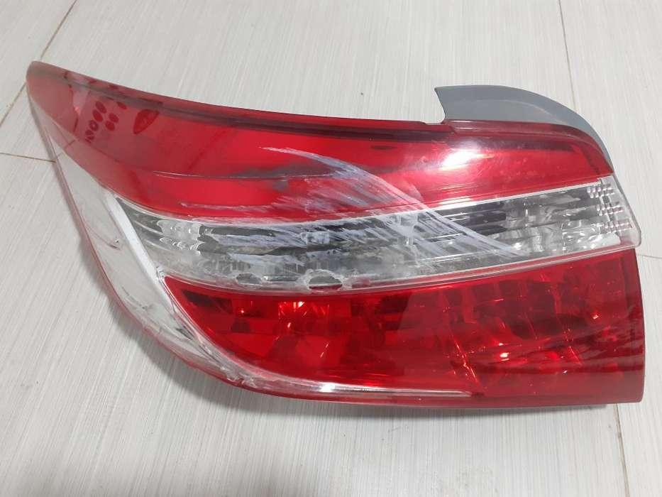 Faro Posterior Izquierdo Toyota Yaris