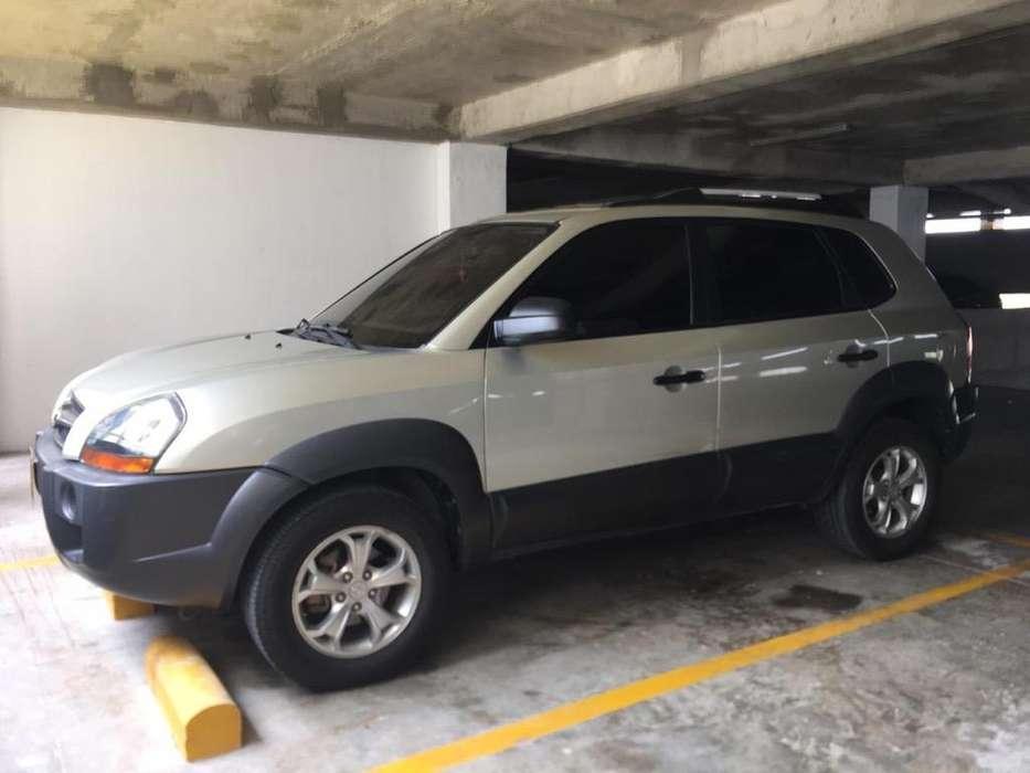 Hyundai Tucson 2010 - 80000 km