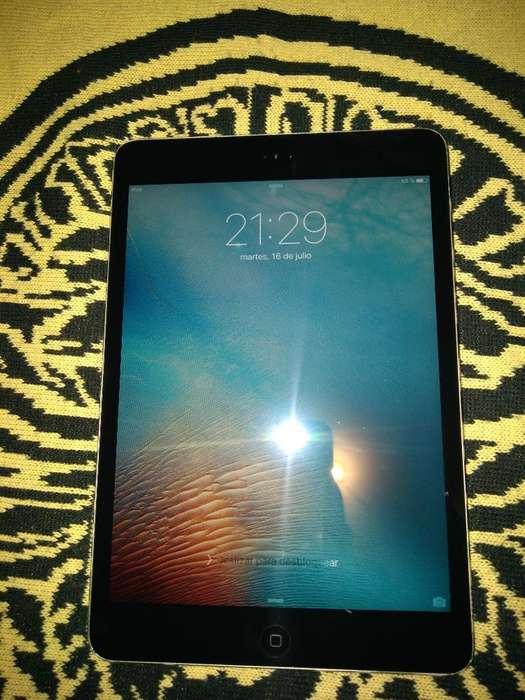 Me Venden iPad Mini Space Graye