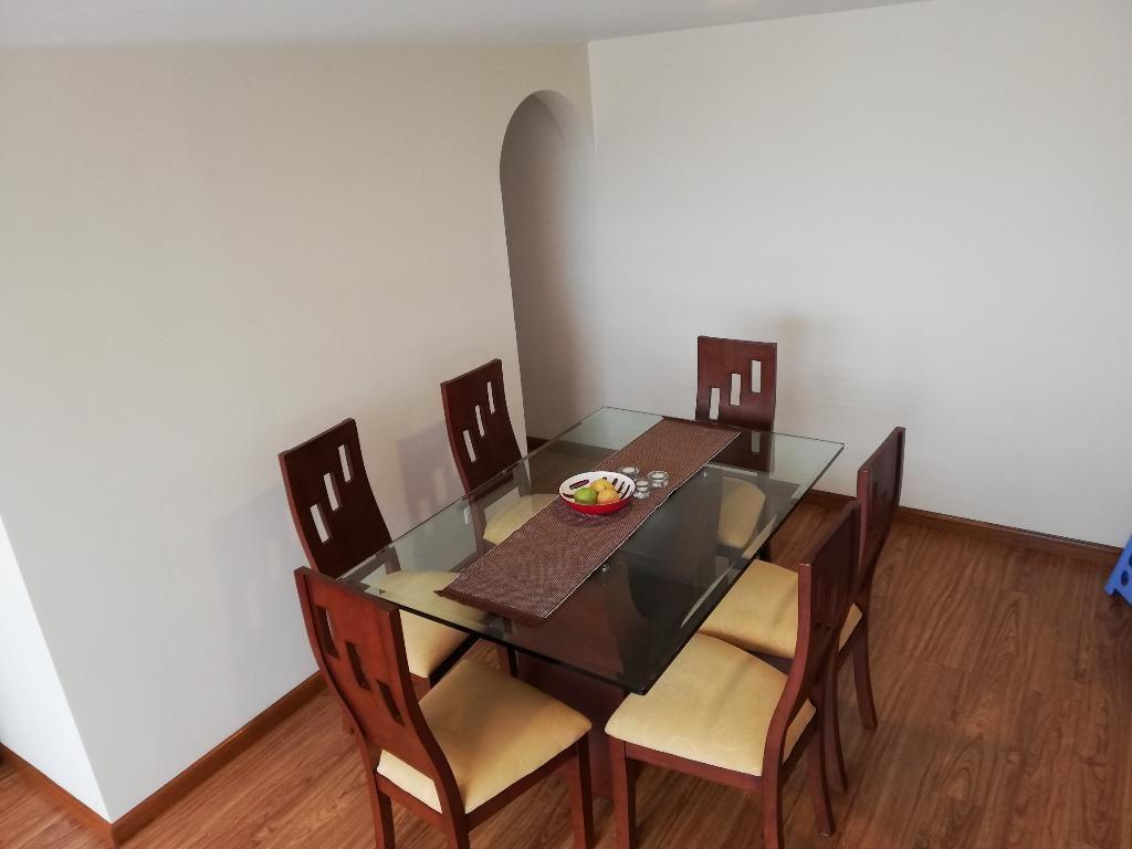 Comedor Y Mueble Auxiliar - Bogotá