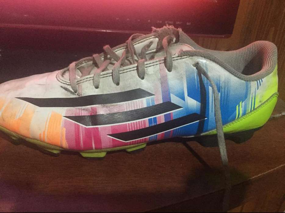 Botines Adidas Messi Talle 41