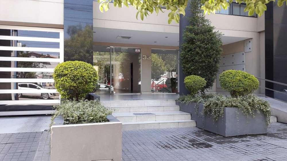 OFICINA EN ALQUILER EN LAMADRID 33 - 22 m2 c/KITCH y BAÑO