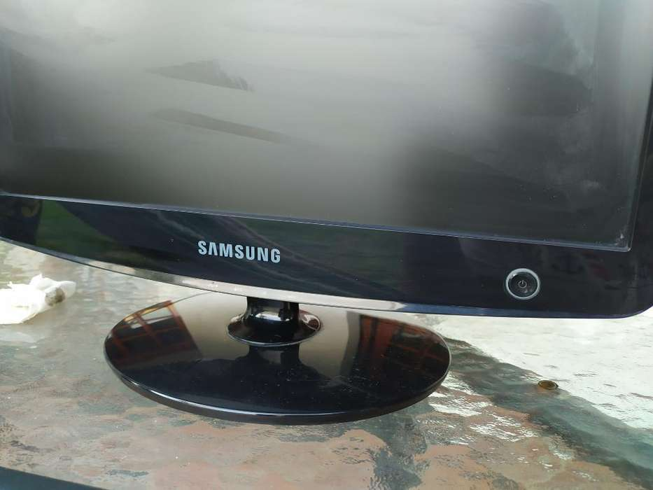 <strong>monitor</strong> Samsung 17 , Líquido