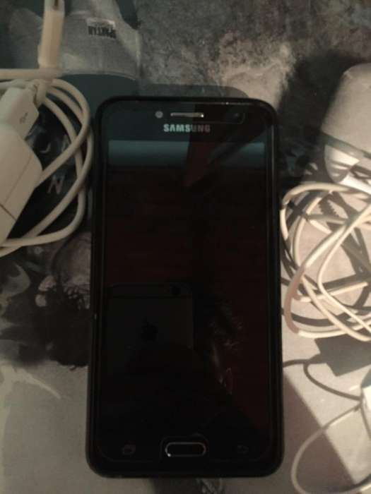 Vendo Samsung J2Prime con Todos Sus Accs