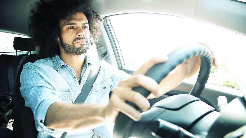 Se busca conductor con auto 4 puertas Registro profesional Horairo flex.
