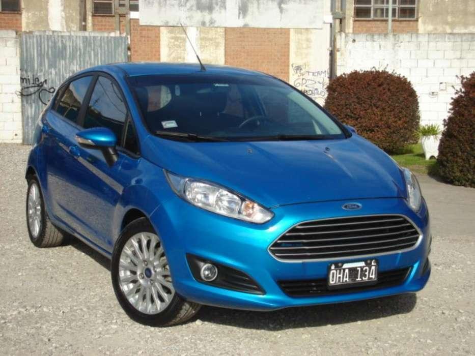Ford Fiesta  2014 - 65000 km