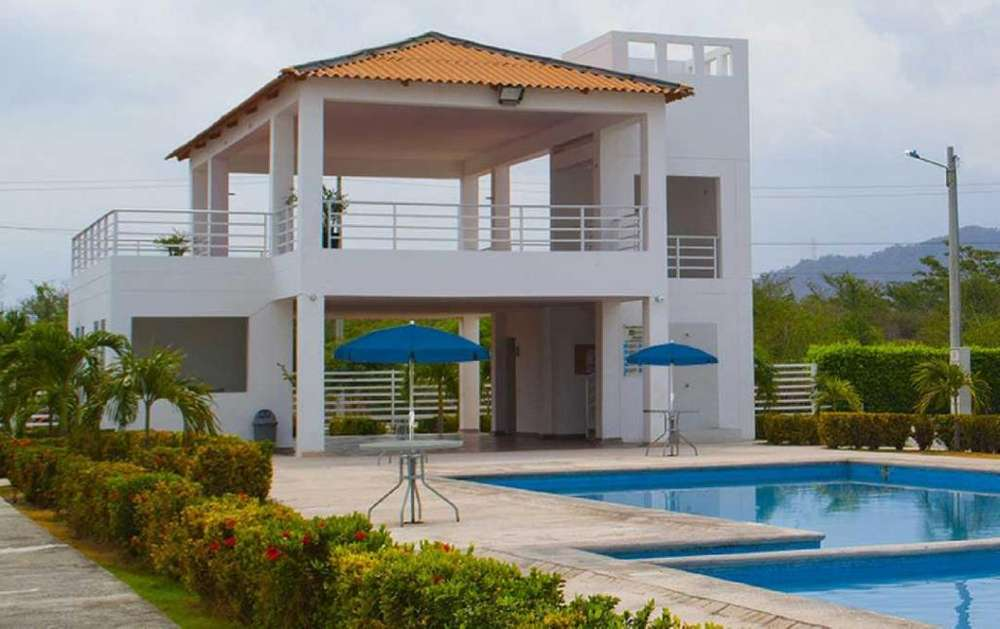 Casa en Santa Marta a 300m del C.C Buena - ID 3994 - wasi_924254