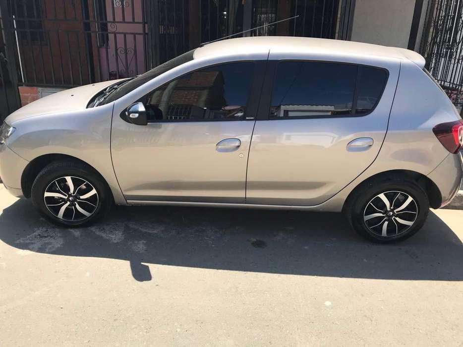 Renault Sandero 2018 - 10300 km