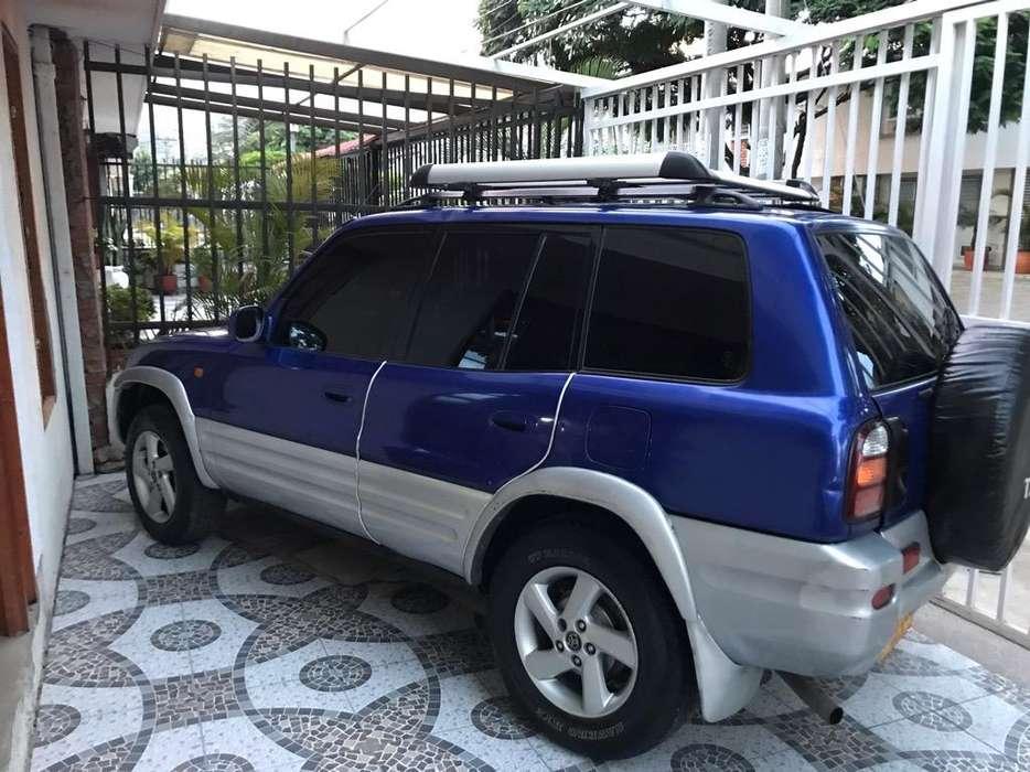 Toyota RAV4 1998 - 270578 km