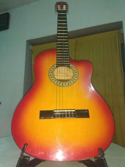 Guitarra Acústica Nylon