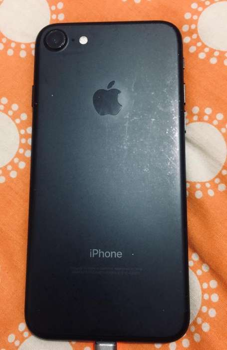 iPhone 7-32Gb