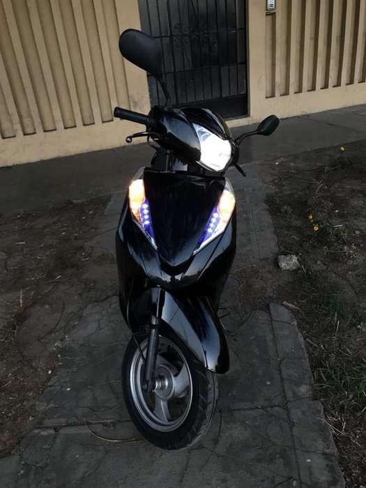 vendo x viaje Jettor Adventure 150cc. color negro