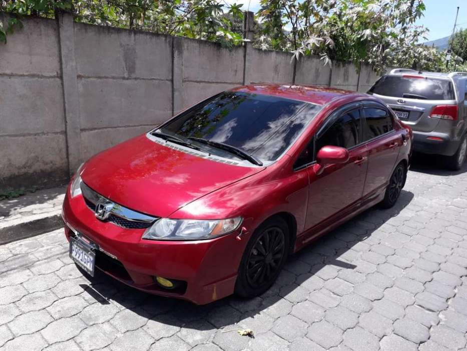 Honda Civic 2009 - 12500 km