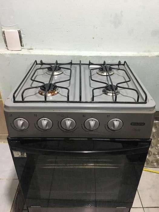 <strong>cocina</strong> con Horno Mas Cilindro de Gas