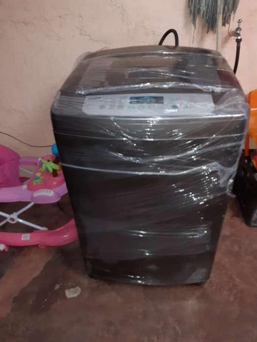 Lavadora Lg de 32 Libras Doy Garantía