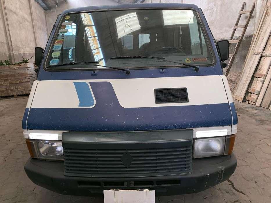 Renault Trafic 1992 - 220000 km