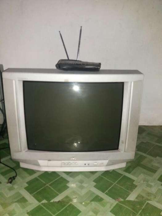 Vendo Tv Jvc 21''