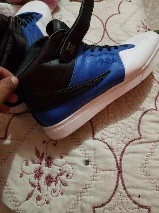Zapatos Fila Talla 43 Son Nuevos