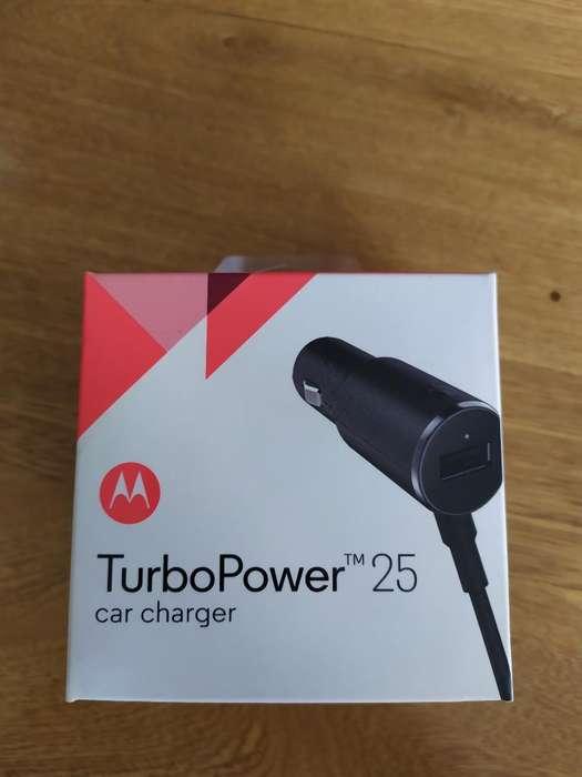 Cargador Turbo Motorola para Carro