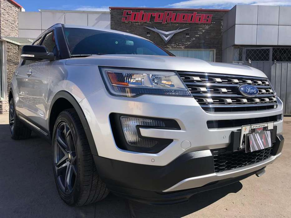 Ford Explorer 2016 - 31800 km