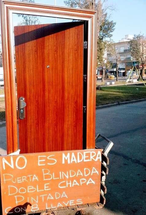 puerta blindada multianclaje de 0,86 o de 0,96 de ancho total x 2,05