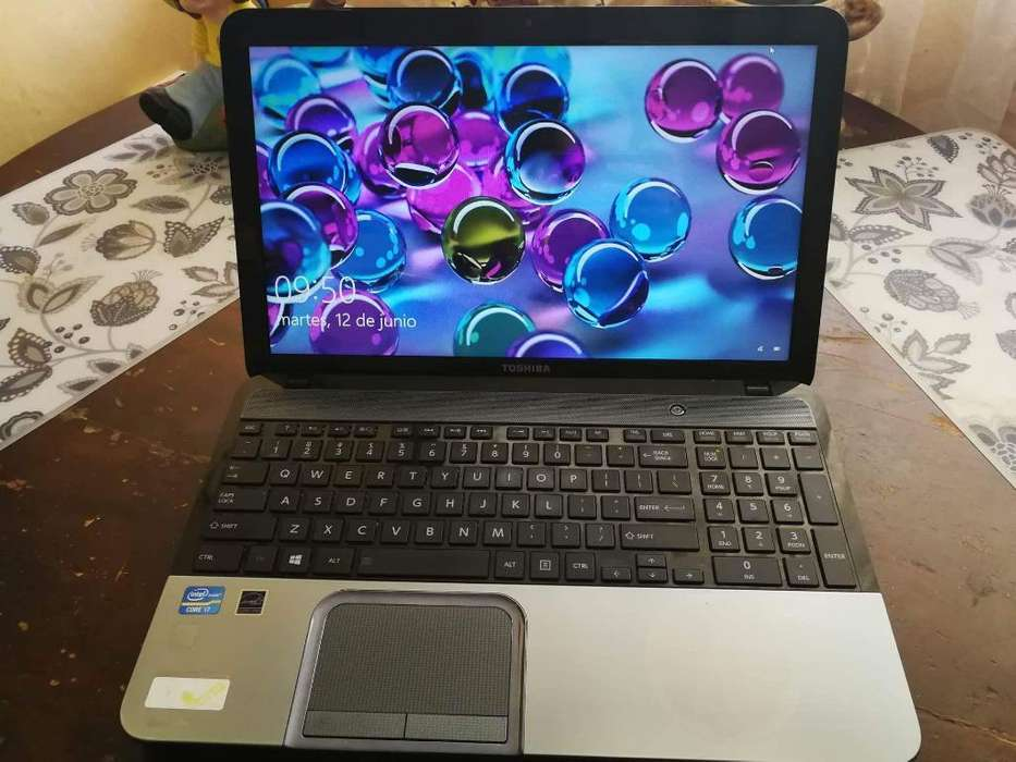 Laptop Toshiba Satellite S855s5378