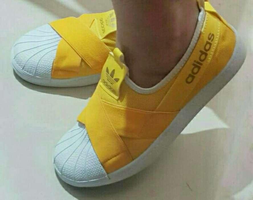 Calzado de <strong>mujer</strong>, Zapatillas Botas