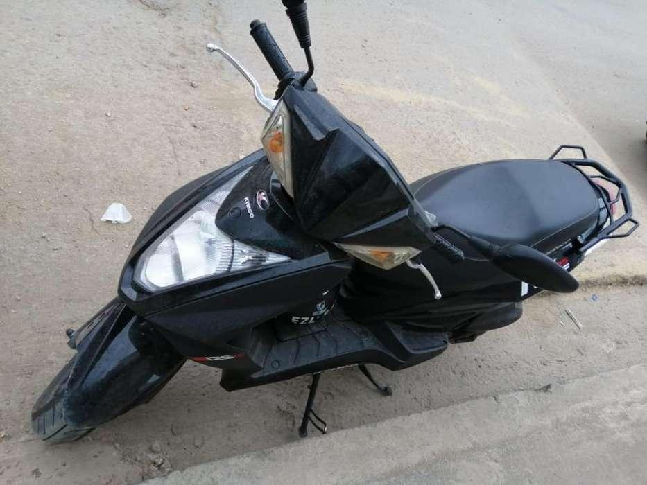 Moto Automática 125