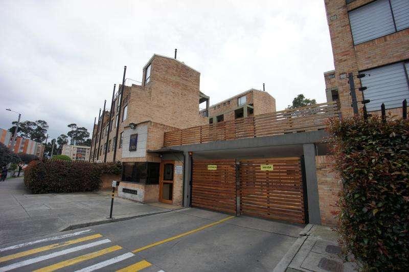 Casa En Arriendo En Bogota Los Lagartos Cod. ABJIL4305