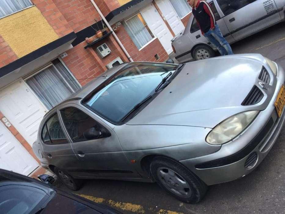 Renault Megane  2001 - 249000 km