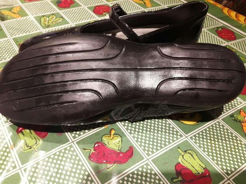 Zapatos Nena Impecable de Charol