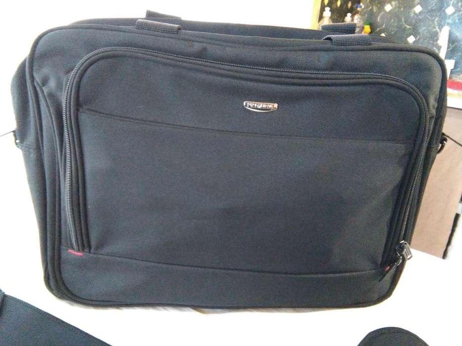 Portafolios porta Notebook con funda pc