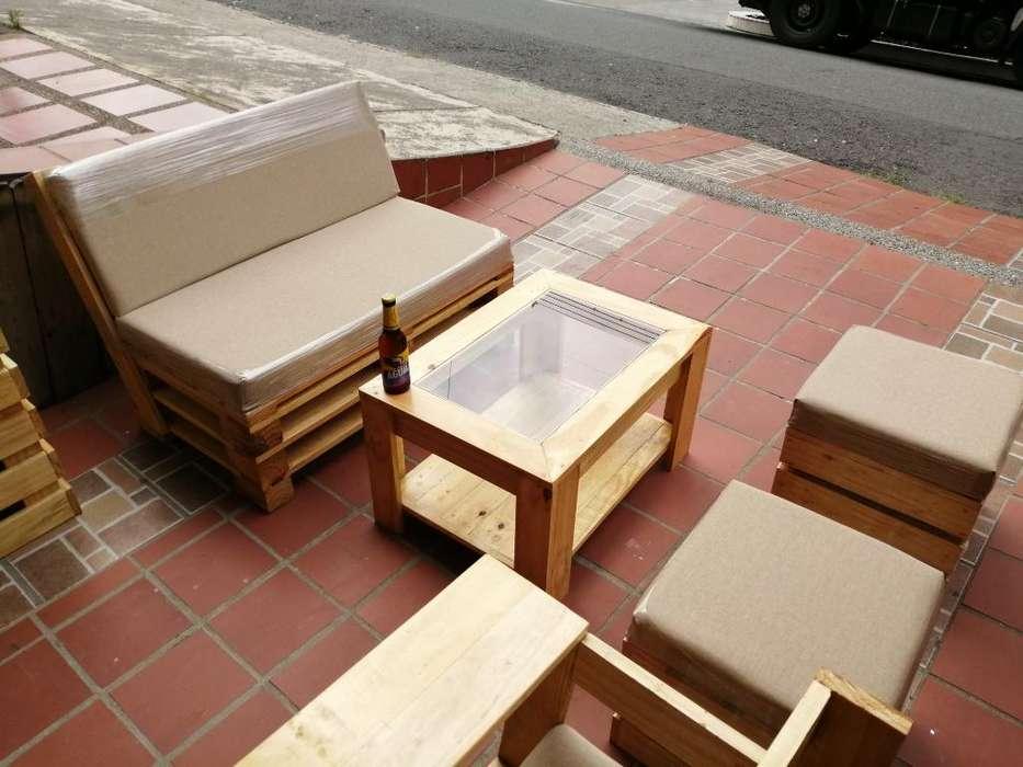 Muebles en Estibas