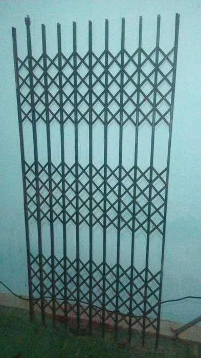 Puerta <strong>tijera</strong> de Acensor con Deslizadore