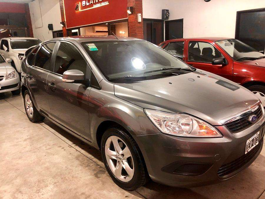 Ford Focus 2009 - 110000 km