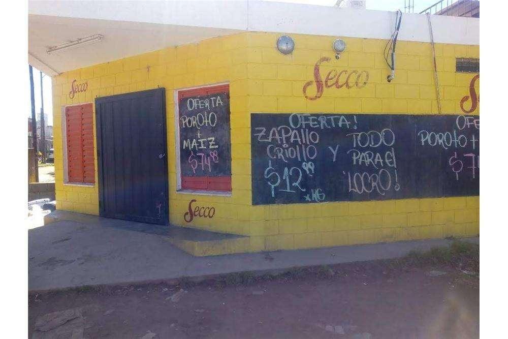 Se venden 3 locales comerciales en b Parque Norte