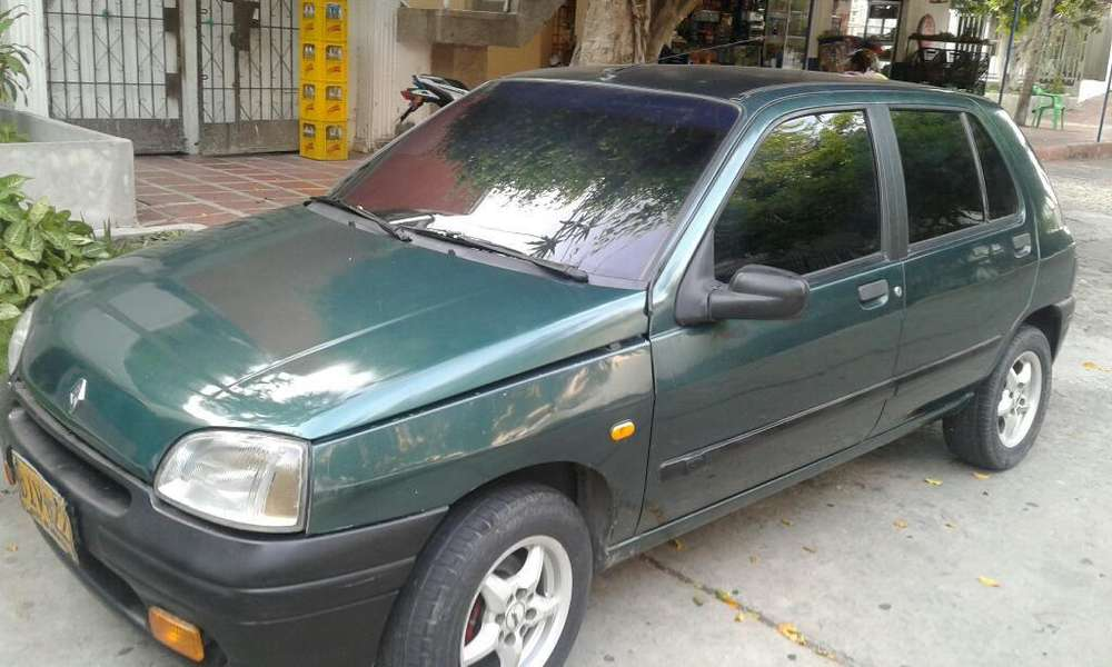 Renault Clio  1997 - 247000 km