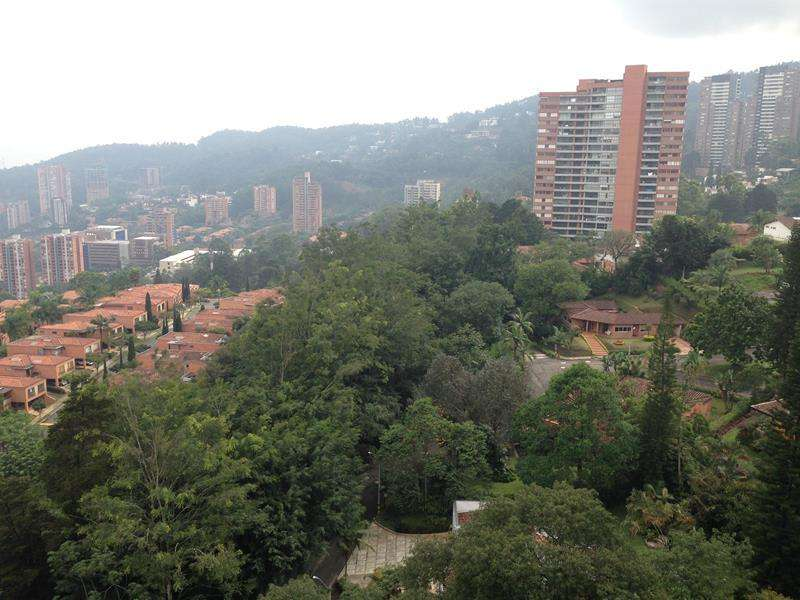apartamento en Medellín - El Poblado- Ref. 396