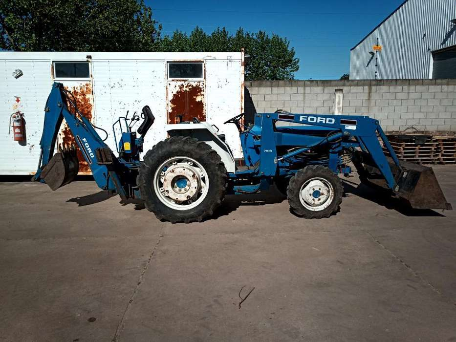 <strong>tractor</strong> con Pala Y Retro