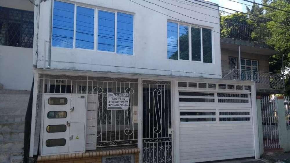 El Guabal, tres pisos, 4 apartamentos, excelente inversión para renta