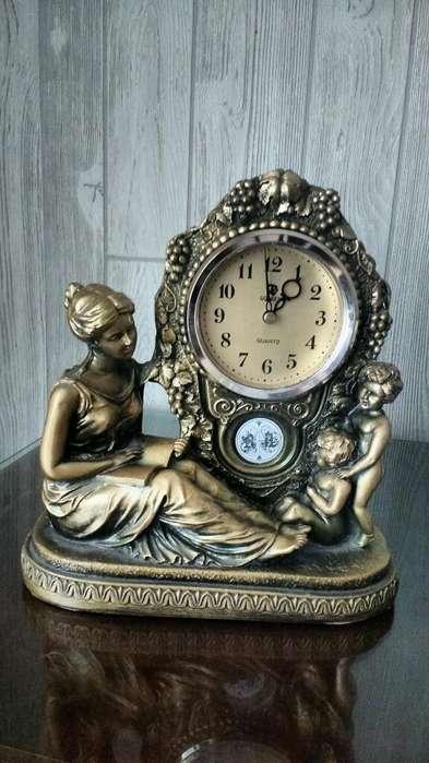 Reloj de <strong>mesa</strong> Simil Antiguo