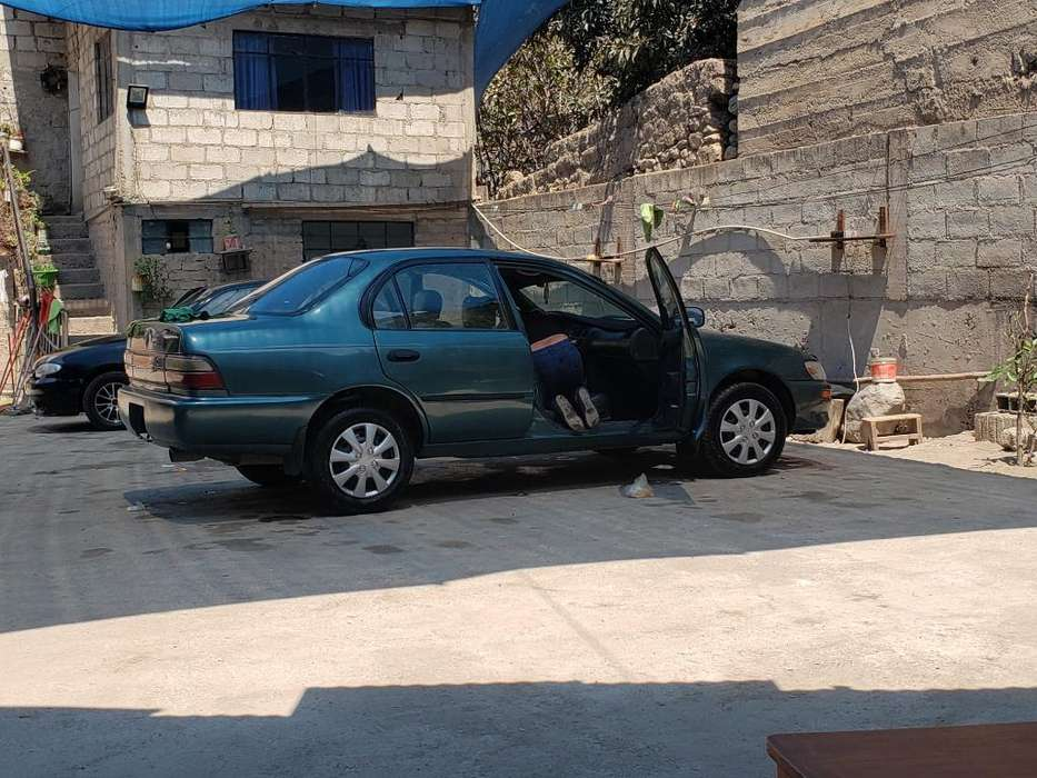 Toyota Corolla 1995 - 100000 km