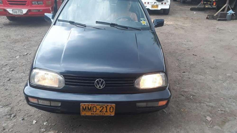 Volkswagen Golf 1997 - 25 km