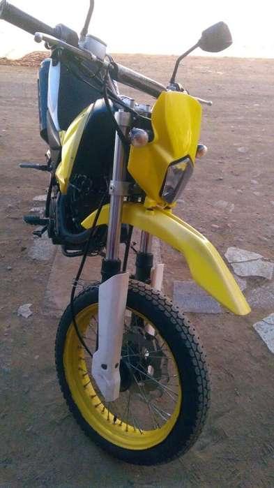 Vendo Moto Lineal Italika Dm150